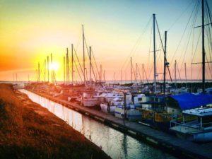 Yaringa boat harbour western port bay mornington peninsula frankston Melbourne self drive fishing boats for charter